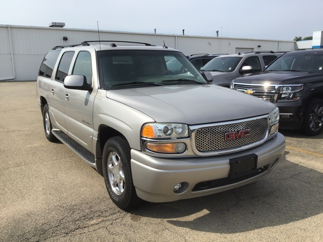 2004 Gmc Yukon Xl >> Pre Owned 2004 Gmc Yukon Xl Denali Awd