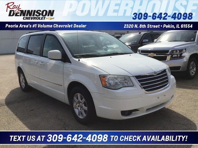 Pre-Owned 2009 Chrysler Town & Country Touring
