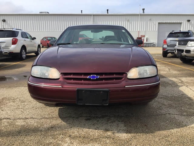 Pre-Owned 1999 Chevrolet Lumina LS